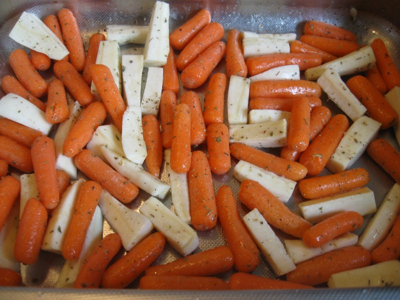 HERB ROASTED CARROTS AND PARSNIPS « Gluten-Free Delightfully ...